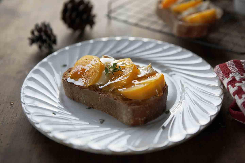 柿とカマンベールチーズのトースト | フードスタイリスト 河合真由子